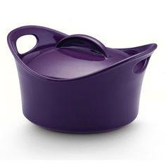 Rachel Ray stoneware covered casserole giveaway.