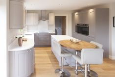 Project Album - Sherwin Hall Bespoke Fitted Kitchens Leicester Like the cabinets, white counter top Kitchen On A Budget, Home Decor Kitchen, Country Kitchen, New Kitchen, Home Kitchens, Kitchen Dining, Family Kitchen, Rustic Kitchen Cabinets, Cuisines Design