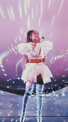Ariana Grande Ariana_Grande thank_u_next sweetener arianagrande Ariana Grande Ariana arianagrande Grande Sweetener thankunext Ariana Grande Fotos, Ariana Grande Images, Ariana Grande Outfits, Concert Ariana Grande, Ariana Grande Wallpapers, Cabello Ariana Grande, Ariana Tour, Cat Valentine, Lady Gaga