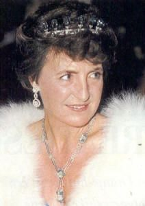Margriet of the Netherlands wearing parts of the aquamarine parure. I've never seen any photos of her wearing these pieces.