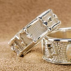 Sterling Silver Drum Ring. :O I WANT SO BADLY!!!!!!!!!!!!!!!