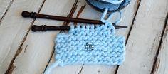 En este tutorial aprenderás un truco genial para las sisas de tus jerséis: cómo cerrar los puntos a ambos lados de una misma vuelta, hilera, y adiós al desnivel! Crochet Necklace, Modern Patterns, Fashion Patterns, Knitting Tutorials, Knitting Scarves, Crochet Collar