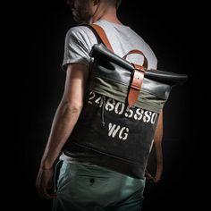 Uno de tipo mochila lona y cuero mochila por Kruk Garage