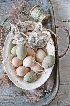 Charming Vintage Easter Décor Design Ideas22