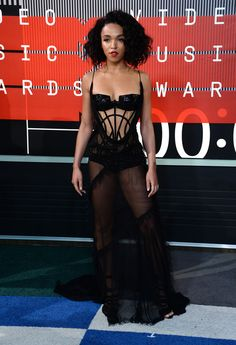 FKA Twigs at MTV Video Music Awards 2015 #redcarpet