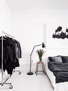 Idee per arredare la camera da letto in bianco e nero n. 08