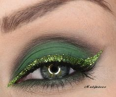Sparkling Green eye #eyes #makeup #eyeshadow #dramatic #bright #smoky #eye #glitter #green