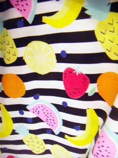 print & pattern Fruit Illustration, Food Illustrations, Kids Patterns, Print Patterns, Summer Prints, Kids Prints, Food Design, Food Print, Tutti Frutti