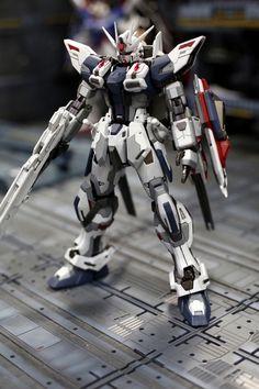 Custom Build: MG 1/100 Build Strike Gundam - Gundam Kits Collection News and Reviews