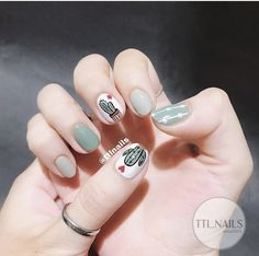 Image in nails collection by on We Heart It Cute Nail Art, Beautiful Nail Art, Cute Nails, Korean Nail Art, Korean Nails, Hair And Nails, My Nails, Minimalist Nails, Flower Nails