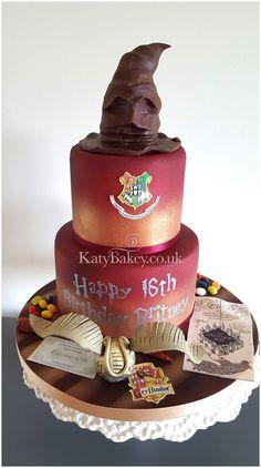 Hopefully James S Potter would approve #HarryPotter #Gryffindor #Cake