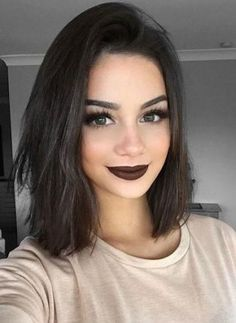 Looks exactly like my hair haha Skin Makeup, Beauty Makeup, Hair Beauty, Dark Makeup, Dark Lipstick Makeup, Makeup Style, Beauty Style, Tips Belleza, Hair Inspo
