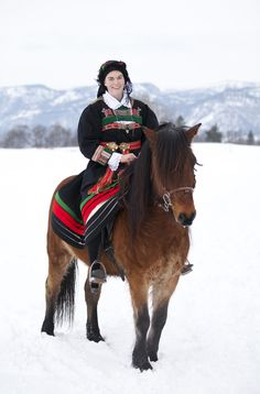 I like the idea of riding a pony wearing bunad. Setesdal in central Norway Photo by Laila Duran Folklore, Norwegian Clothing, Horse Mane Braids, International Clothing, Art Populaire, Old Farm, Folk Costume, Beautiful Horses, Kristiansand