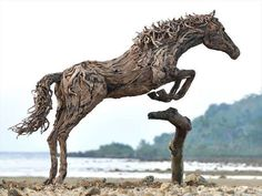 DRIFTWOOD HORSE BY ARTIST JEFF UITTO.  WASHINGTON