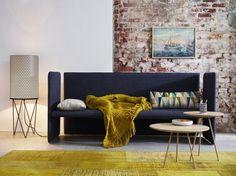 Geradlinig und dennoch gemütlich. #couch #livingroom  #colors #home #homestory #cozy
