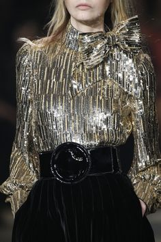 http://www.vogue.com/fashion-shows/fall-2016-menswear/saint-laurent/slideshow/details