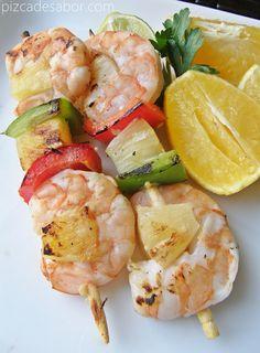 Brochetas de camar�n con marinada de c�tricos | http://www.pizcadesabor.com/2013/04/04/brochetas-de-camaron-citrus/