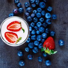 """We start this blueberry e-liquid with 2 types of blueberries, then mix in a little strawberry, and dunk them in fresh cream - it will make you say """"Oooh""""! Raspberry Lemonade, Fresh Cream, Blueberry, Berries, Strawberry, Make It Yourself, Fruit, How To Make, Food"""