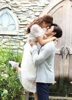 Cute Love Couple, Best Couple, Chines Drama, Korean Wedding, Drama Series, Tv Series, Thai Drama, Celebrity Couples, Couple Goals