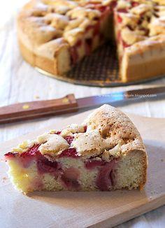 Una deliziosa torta senza glutine con le fragole facilissima da fare, morbidissima ed umida perfetta per la merenda.