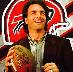 Doug Flutie Doug Flutie, Buffalo Bills Football, Canadian Football League, Heisman Trophy, Buffalo New York, Family Photos, Nfl, True Red, Mafia