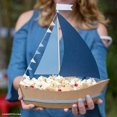 Ship Party Snacks with This DIY Paper Sailboat Centerpiece! - DIY Paper Sailboat Centerpiece for Treats - Baby Shower Themes, Baby Boy Shower, Baby Shower Decorations, Shower Ideas, Sailor Baby Showers, Nautical Centerpiece, Party Centerpieces, Centerpiece Wedding, Sailor Party