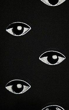 kenzo eye-translate to knit?