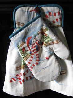 Hand towel pot holder/oven mitt  combo by txprettydistressed