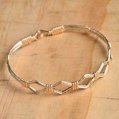 The Devotion Bracelet Mixed by Ronaldo - DIY Jewelery Pearls Cristals - Wire Wrapped Bracelet, Bangle Bracelets, Copper Jewelry, Wire Jewelry, Jewellery, Ronaldo Bracelet, Bracelet Making, Jewelry Making, Bijoux Diy