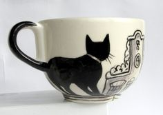持つ部分に猫のしっぽを描いていて良いと思いましたー。:cat cup