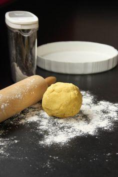 Pâte à tarte salée aux flocons de pois chiches et au curry