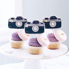 {{ cupcakes + camera