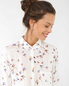Quirky Fashion, Work Fashion, Fashion Prints, Daily Fashion, Fashion Outfits, Womens Fashion, Floral Shirt Outfit, Spring Summer Fashion, Spring Outfits