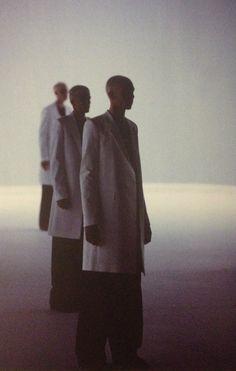 """rafsimonsredux: """" Spring-Summer 2000. Photo: Etienne Tordoir taken by me from raf simons redux """""""