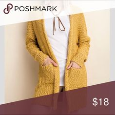 🖤2/$25 Ultra plush knit cardigan mustard Gorgeous ultra plush knit cardigan in size S/M fits size 0-8, stretchy L Love Sweaters Cardigans