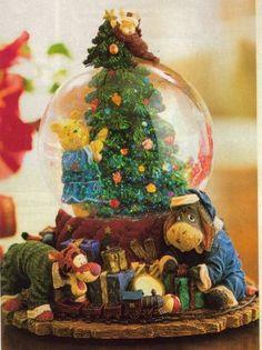 Disney Winnie the Pooh Christmas Snowglobe by Boyds