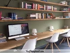Home Office Shelves, Home Office Closet, Guest Room Office, Home Office Space, Home Office Design, Home Office Decor, Minimal House Design, Study Room Design, Chill Room