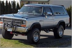 Pin By Jeff Bennett On Dodge Ramcharger In 2020 Dodge Ramcharger Dodge Photo