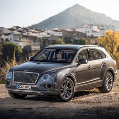 Between the stunning setting and the beautifully crafted #Bentayga every view is a photo opportunity. - photo from @bentleymotors #Bentley #BentleyOrlando #FieldsMotorcarsOrlando #FieldsMCO #Orlando #Florida