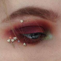festival eye makeup #beauty #NaturalMakeupTips