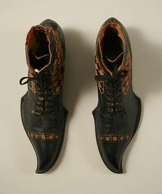 Stetson Shoe Company - boots for men, ca 1910-20. 12 inches long, leather, American
