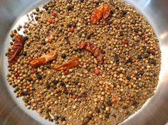 Chana masala powders are used for a tart, tangy, spicy and fragrant finish to Indian chickpea curries known themselves as chana masala or c. Homemade Spice Blends, Homemade Spices, Homemade Seasonings, Spice Mixes, Chana Masala Powder Recipe, Masala Recipe, Garam Masala, Channa Masala, Rajma Recipe