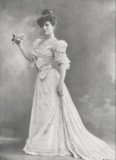 Armand et Martial, 1904.