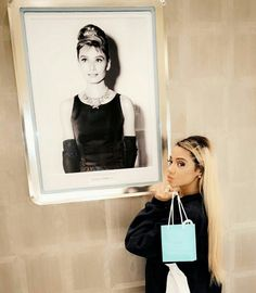 ♡Princess Diana♡ Breakfast At Tiffanys 48a142b8524d7