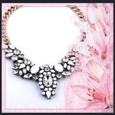 Clear crystal and white choker necklace Beautiful and very attractive choker necklace  Jewelry Necklaces