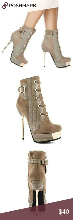 """Luichiny Vest Ted Taupe Multi Women Shoes Catch this 5.5"""" metallic heel and 1 1/4 inchplatformto tie up this everyday or party look! From denim to dresses, theseLuichinyVest Ted Taupe Multi Women Shoes give a girly feel to your best outfits.   A man made upper, stitch details, lace up vamp, man made sole, buckles design that will dress up your look with elegant style.  Seen on celebrities such Angela Simmons  (as pictured)  The tap on the left heel is worn, but included are ✌ brand new…"""