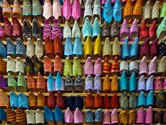 Marokkaanse schoentjes, wie kent ze niet? #marokko #schoenen #travelsmartnl