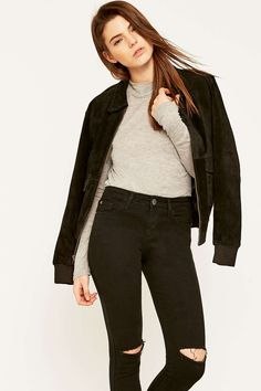 ca8c4f3efa33a Urban Renewal Vintage Remnants – Bomberjacke aus Wildleder mit Kragen im  Stil der 70er Leather Jackets