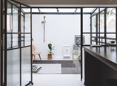 THIS IS IT designs israeli family house using light furniture and interlaced materials Concrete Stairs, Concrete Floor, Terrazzo Flooring, House Built, Bedroom Flooring, Interior Design Tips, Living Room Modern, Studio Apartment, House Floor Plans