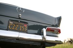 The Star symbol followed perfectly the curve on the hood and the trunk handle was always surprisingly clean and smooth,